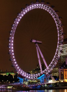 london aye 221x300 Почему стоит поехать в Лондон?