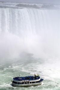 Niagara4 200x300 Ниагарский водопад