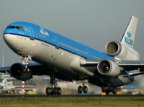 McDonnell-Douglas-MD-11.jpg